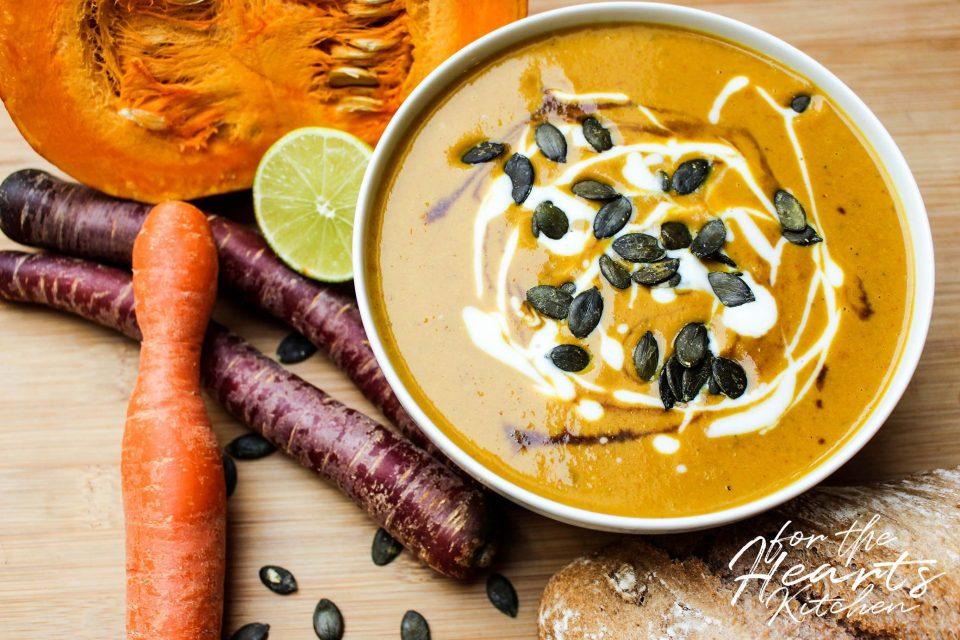 Geröstete Kürbis Karotten Kokos Suppe