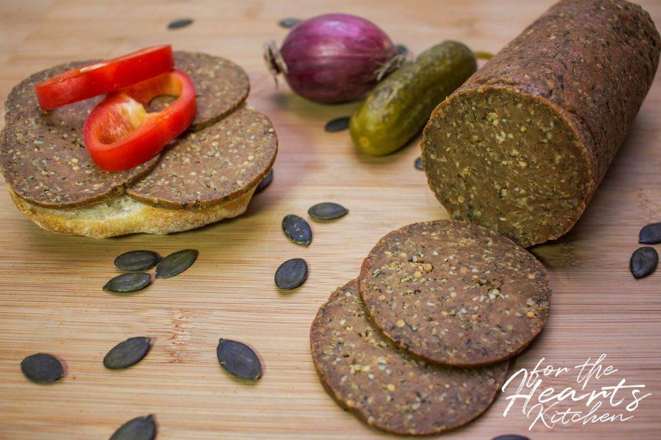 Vegane Seitan Kürbiskern Salami