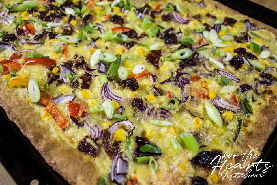 Einfache leckere Mais Kokos Pizza