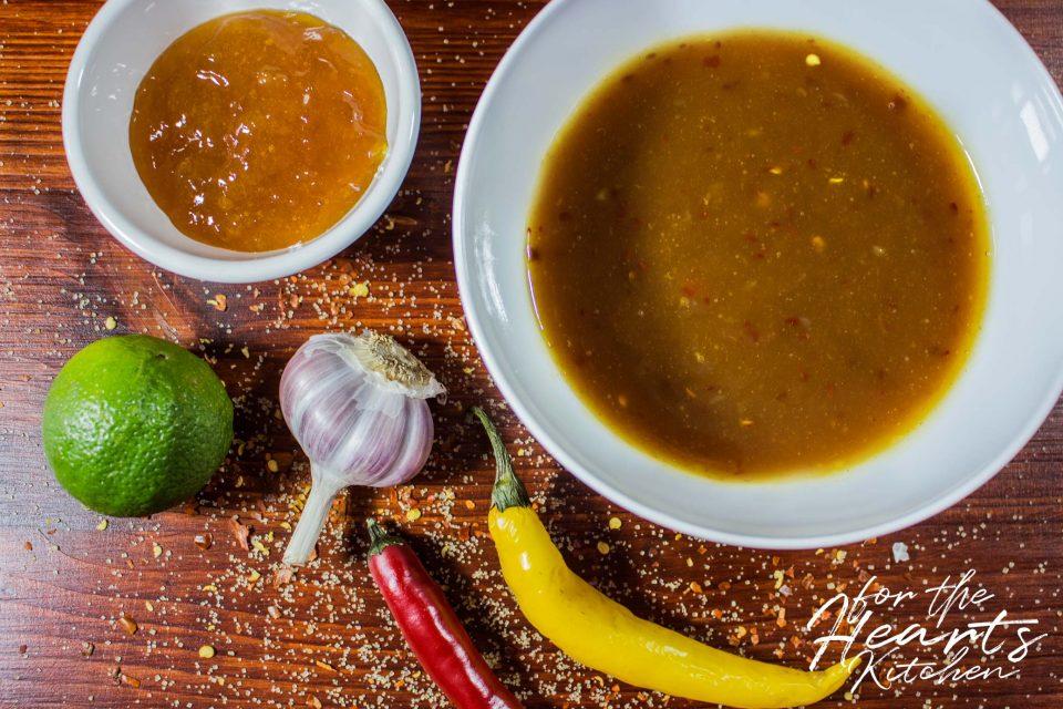 Einfache asiatische Süßsauer Sauce zum Dippen, Kochen oder Grillen