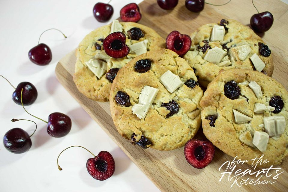 Vegane Cherry Cheesecake White Chocolate Soft Cookies